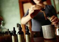 DIY : Learn how to make Tinctures and Liquid Herbal Extracts