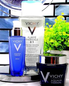 Raise your hand if you've got dry skin too . Winter is no match for this trio from @vichysafrica.