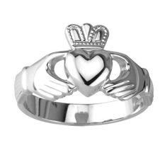 product S2216 image  Il Claddagh Ring (anello di Claddagh) è un anello di fidanzamento irlandese