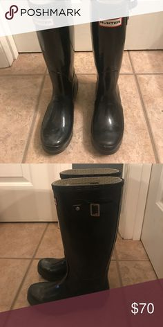 Black hunter boots Women's size 6 hunt boots. Perfect condition! Hunter Boots Shoes Winter & Rain Boots