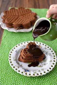 Gofry czekoladowe Chocolate Fondue, Waffles, Sweets, Bread, Snacks, Baking, Breakfast, Recipes, Dhal