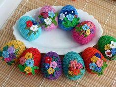 Tina's handicraft : 60 designs ornamental eggs for easter Crochet Home, Crochet Dolls, Easter Bunny Crochet Pattern, Crochet Mushroom, Ideas Prácticas, Yarn Stash, Beautiful Crochet, Handmade Toys, Crochet Flowers