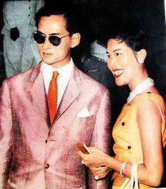 Forever my King King Bhumipol, King Rama 9, King Of Kings, King Queen, King Thailand, Modern World History, Queen Sirikit, Caroline Kennedy, Bhumibol Adulyadej
