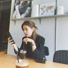 Suzy Bae Fashion, Bae Suzy, Korean Celebrities, Korean Actresses, Ulzzang Girl, Korean Girl, Korean Style, Girl Crushes, Kpop Girls