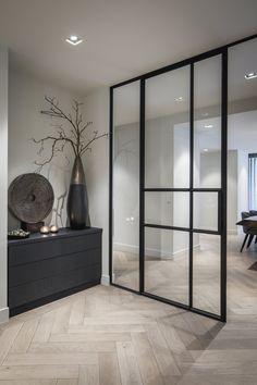 5x de mooiste interieurs met visgraatvloer - Alles om van je huis je Thuis te maken | HomeDeco.nl