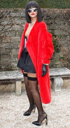 Rihanna rocks a risqué look before the Dior show at Paris Fashion Week!