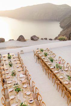 Santorini Island Wedding Overlooking The Caldera Rooftop Wedding, Wedding Dinner, Wedding Table, Wedding Day, Rose Wedding, Wedding Reception, Sunset Wedding, Wedding Summer, Bouquet Wedding