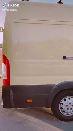 Build A Camper Van, Bus Camper, Camper Life, Caravan Living, Bus Living, School Bus Tiny House, Bus House, Motorhome, Van Conversion Interior