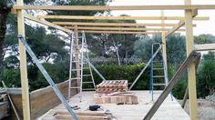 gazebo deck with pallets 2