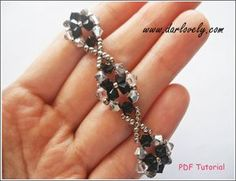 Artículos similares a Beading Bracelet Pattern  - Classy Black Crystal Flower Bracelet (BB032) - Beaded Jewelry PDF Tutorial (Digital Download) en Etsy