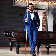 Suited up and ready for my special day! Tuxedo For Men, Accent Colors, Burgundy, Street Style, Smoke, Suits, Formal, Tuxedos, Blue