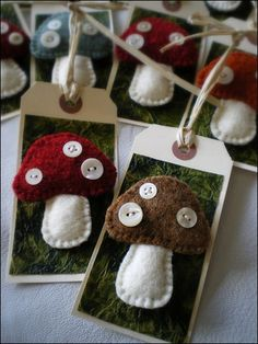 Lovely felt mushroom tags! Great to make as pins for party favor