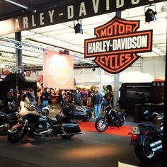 Le stand #HarleyDavidson à l'#AmericanToursFestival !   Merci à Joemakeaparty pour la photo (via Instagram).