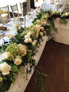 Guirlande de table. Garland from Whistle Bear Golf Club wedding!