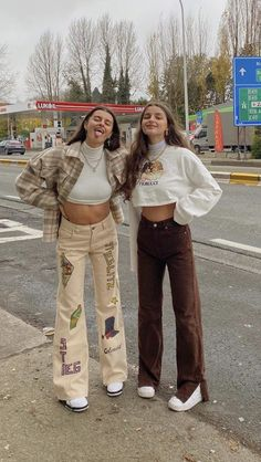Indie Outfits, Urban Outfits, Teen Fashion Outfits, Retro Outfits, Cute Casual Outfits, Look Fashion, Girl Outfits, Grunge Outfits, Matching Outfits Best Friend