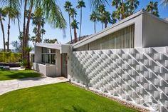 Vista Las Palmas, 1958 Palmer & Krisel-designed midcentury modern home, Palm Springs, CA