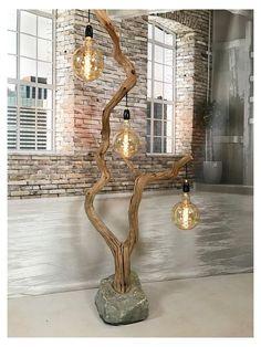 Wood Lamp Base, Wood Lamps, Rustic Lamps, Driftwood Lamp, Driftwood Crafts, Driftwood Furniture, Weathered Wood, Old Wood, Rustic Wood