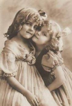 Grete and Hanni
