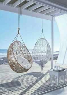 Get Creative with These Stunning Beach House Decor Ideas – – Werden Sie kreativ mit diesen atemberaubenden Strandhaus-Dekor-Ideen – – Beach Cottage Style, Beach House Decor, Home Decor, Beach House Interiors, House On The Beach, Cottage Interiors, House Near The Sea, Beach House Rooms, Summer House Decor