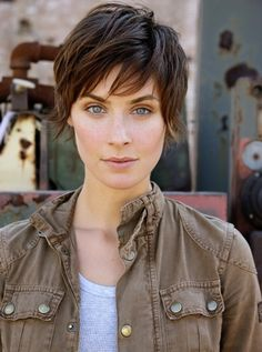 short hair, brunette, long layers via Locke Management | KRISTIN KISNER