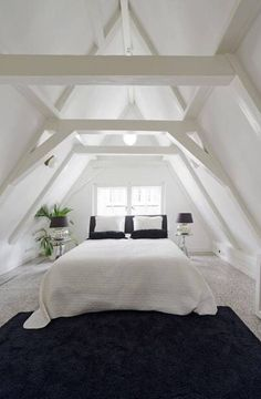 Dachboden Beautiful Spacious Canal House - Apartments for Rent in Amsterdam, Noord-Holland, Netherla Attic Loft, Loft Room, Attic Office, Attic House, Attic Spaces, Attic Rooms, Attic Bathroom, Bathroom Ideas, Basement Bathroom