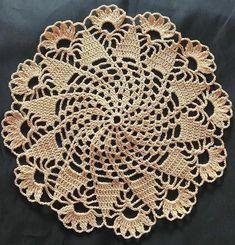 Crochet Table Runner Pattern, Free Crochet Doily Patterns, Crochet Shawl Free, Crochet Placemats, Crochet Mat, Crochet Dollies, Crochet Lace Edging, Crochet Circles, Crochet Bunny