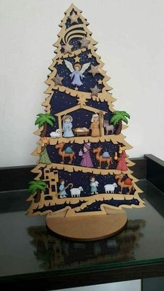 Diy christmas decorations for outside nativity 25 ideas Christmas Nativity Scene, Christmas Makes, Felt Christmas, Christmas Holidays, Christmas 2019, Merry Christmas, Christmas Carnival, Nativity Scenes, Nativity Crafts