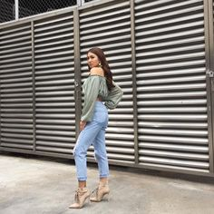 Nadine for its showtime (enzo IG) Nadine Lustre Ootd, Nadine Lustre Fashion, Nadine Lustre Outfits, Nadz Lustre, Jadine, Bad Gal, Best Actress, Strong Women, Girl Crushes