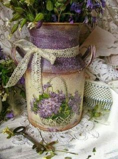 What a great idea for an old milk jug. Painted and decoupage a print from old fashioned wrapping paper or a photo. Vintage Shabby Chic, Shabby Chic Decor, Lace Decor, Painted Milk Cans, Deco Champetre, Lavender Cottage, Rose Cottage, All Things Purple, Flower Pots