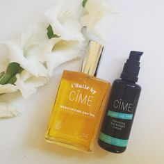 We are bracing for the cold snap with this nourishing combo || Mix a spray of {L'Huile Dry Oil} and a pump of {Under My Skin} in the palm of your hand and apply to face and neck. We do this twice a week for a super nourishing treatment.  We believe that just because you want to choose safe options for your skin does not mean that you have to miss out on a luxe product that looks, smells and feels amazing.  CÎME believe that no synthetic formula can match the power of nature so they DO NOT…