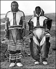 Copper Inuit clothing, peoples of Canada . North American Tribes, Native American Photos, Native American Indians, American History, First Nations, Inuit Clothing, Inuit People, Indigenous Tribes, Inuit Art
