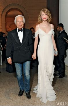 I could totally see an oceanside bride wear this Ralph Lauren dress on Taylor Swift