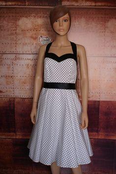 7b46d9dc718 63 meilleures images du tableau Vêtements prêt à porter rétro pour ...