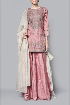 Shop Anita Dongre Onion pink cotton brocade embroidered mihika kurta with sharara & dupatta , Exclusive Indian Designer Latest Collections Available at Aza Fashions Luxury Wedding Dress, Luxury Dress, Pakistani Dresses, Indian Dresses, Ethnic Fashion, Indian Fashion, Indian Wedding Outfits, Indian Outfits, Salwar Kameez