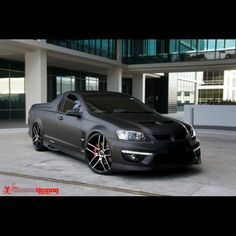 Holden Maloo ute - what a pathetic shit paint job. Matte Cars, Matte Black Cars, My Dream Car, Dream Cars, Holden Maloo, Vw Mk1, Aussie Muscle Cars, Holden Commodore, Australian Cars