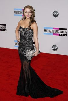 Celebrity styles at the American Music Awards