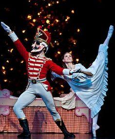 Allison Miller and artist of Houston Ballet in Ben Stevenson's The Nutcracker. Photo by Amitava Sarkar. Photo provided courtesy of Houston Ballet. Nutcracker Costumes, Ballet Costumes, Dance Costume, Allison Miller, Dance News, Teatro Musical, Nutcracker Christmas, Nutcracker Sweet, Legs