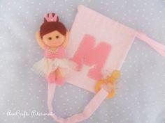 This is a pacifier tape and pouch with princess ballerina theme for baby Maria.  http://anncraftsartesanato.blogspot.pt/2014/09/fita-chucha-bailarina-e-bolsinha.html