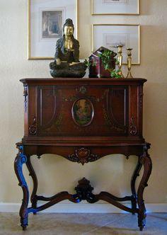 $2,650 - Antique Drop Front Secretaire/Desk/Bar 1800s