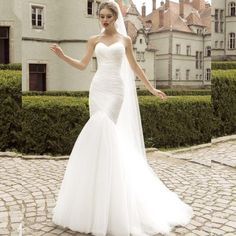 Wedding Dress. Wedding Dress on Tradesy Weddings (formerly Recycled Bride), the world's largest wedding marketplace. Price $251.00...Could You Get it For Less? Click Now to Find Out!