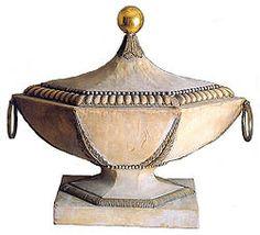 """En 1788,Charles Ducrest obtint même un brevet destiné à la réalisation de maisons,bateaux,véhicules variés confectionnés à partir de ce seul matériaux ou avec une base métallique ou une âme de bois.  Napoléon Ier glorifia cette nouvelle """"matière"""" en offrant une corbeille de mariage à Joséphine :"""