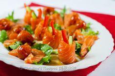 El salmón ensalada de pepino rollo con salsa de soja [Navidad] Salsa de soja Salmon Rolls