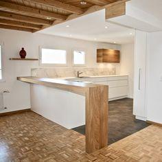 Grosse 6.5 Zimmerwohnung mit herrlicher Dachterrasse in Einsiedeln zu vermieten.