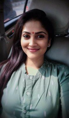 Beautiful Blonde Girl, Beautiful Girl Indian, Most Beautiful Indian Actress, Beautiful Girl Image, Most Beautiful Faces, Beautiful Women Pictures, Cute Beauty, Beauty Full Girl, Indian Beauty Saree