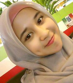 Beautiful Muslim Women, Beautiful Hijab, Beautiful Asian Girls, Hijab Niqab, Hijab Chic, Muslim Fashion, Hijab Fashion, Indonesian Women, Muslim Beauty