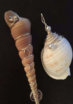 Best jewerly art sea shells 59 Ideas Best jewerly art sea shells 59 IdeasYou can find Shell art and more on our website. Wire Wrapped Jewelry, Wire Jewelry, Jewelry Art, Beaded Jewelry, Jewlery, Jewellery Box, Copper Jewelry, Tiffany Jewellery, Jewellery Shops
