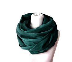 Loop scarf by gutzi-a