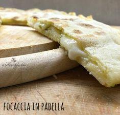 focaccia in padella Focaccia Pizza, Pizza Sandwich, Quiche, Savory Tart, Love Pizza, Vegan Appetizers, World Recipes, Special Recipes, Easy Cooking