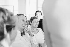 Als Hochzeitsfotograf versuche ich immer im Hintergrund zu bleiben und so möglichst natürlich und authentische Moment für Eure Hochzeitsreportage festzuhalten.
