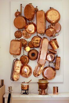 Coming Home to Sonoma - copper Copper Pots, Copper Kitchen, Copper Wall, Copper Decor, Antique Copper, Messing, Interior Decorating, Interior Design, Home Decor
